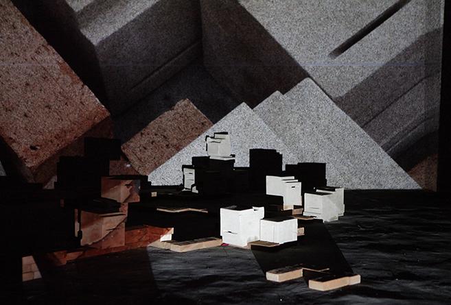 Anja_Bache_Ceramic_Entropy_Shangyuan_ArtMuseum_beijing_China_2015_Sligeshow_opening2